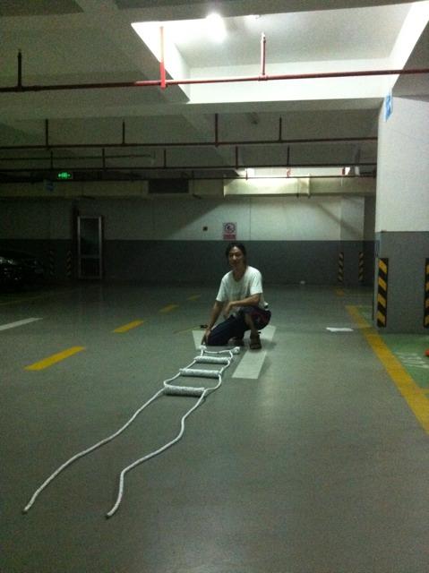 编好的绳梯